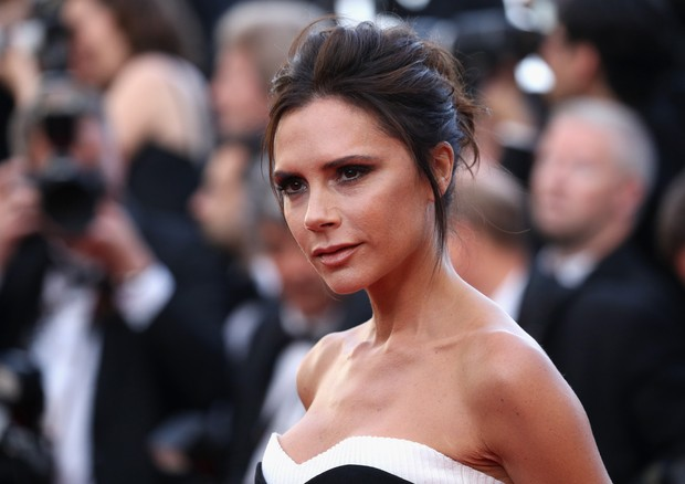"CANNES, FRANCE - MAY 11: Victoria Beckham attends the ""Cafe Society"" premiere and the Opening Night Gala during the 69th annual Cannes Film Festival at the Palais des Festivals on May 11, 2016 in Cannes, France. (Photo by Andreas Rentz/Getty Images) (Foto: Getty Images)"